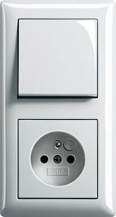 Standard 55 bílá lesklá, zásuvka s dětskou ochranou s vypínačem